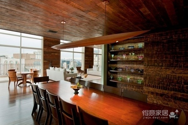 朴实的圣保罗全木住宅-客厅篇图_4