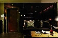 新古典混搭二居,棕色墙面折射微浪漫图_3