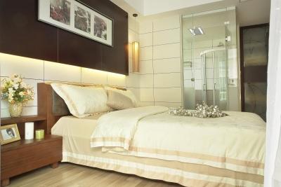 现代简约花色卧室