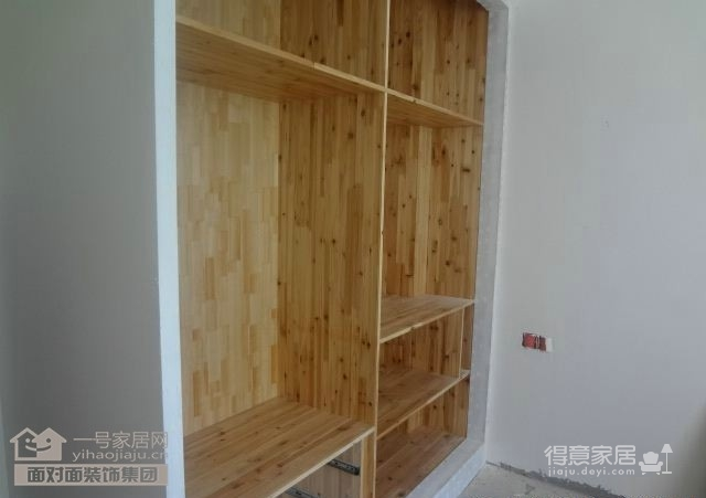 木工施工现场图_25