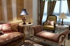 160平米法式风格四居室/属于两个人的罗曼蒂克图_1