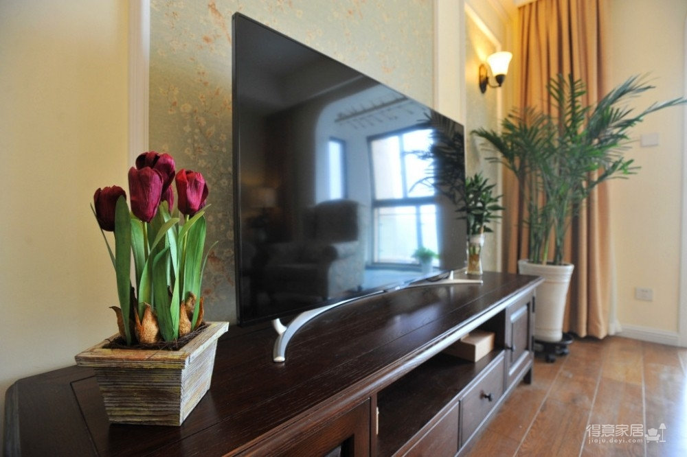 组-鸟语花香的美式家-客厅图_5