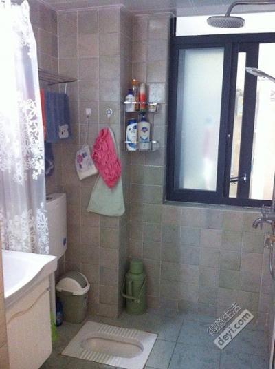 组-小卫生间装修效果图