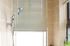 组-阳台改造浴室图_1