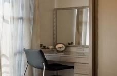 组- 纳入现代元素的俐落两室两厅图_2