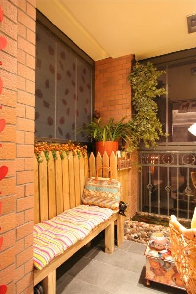 暖黄+咖啡色de优雅公寓