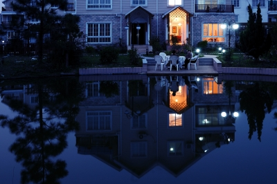 在水一方—绿洲家园