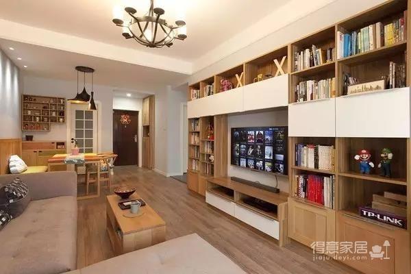 电视墙当书柜,80平强悍收纳