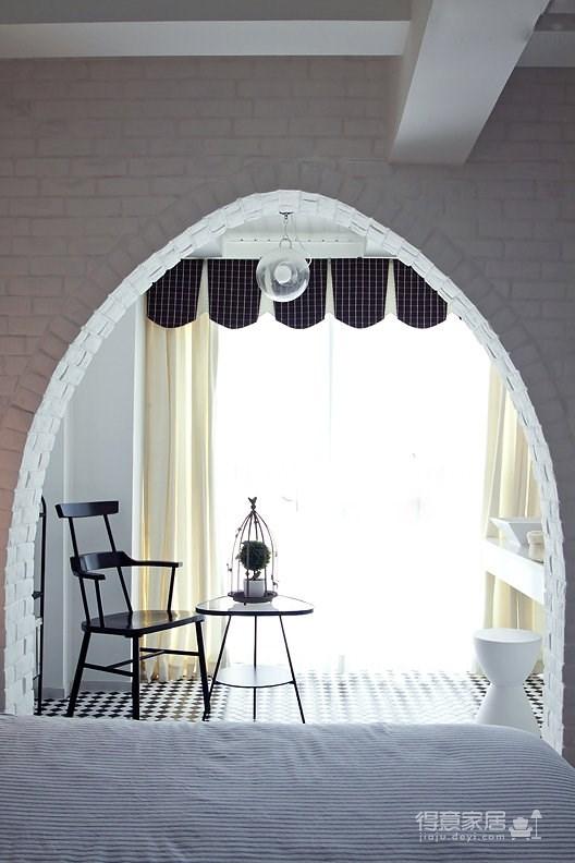 开放式厨房+大吧台+楼梯收纳!素雅现代北欧靓家