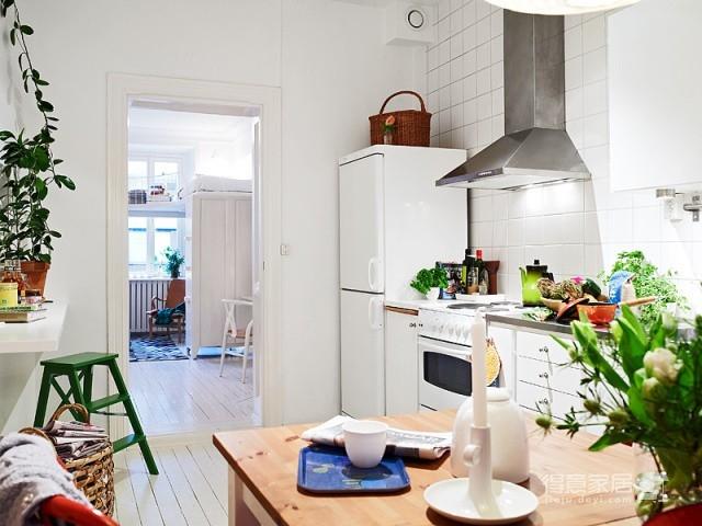 51平清新小户舒适收纳空间设计