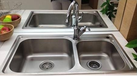 厨房水槽有铜锈是啥原因?买水槽必看这一篇
