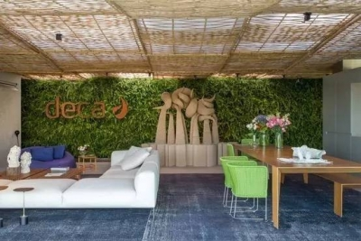 炎炎夏日,是时候给自己的loft空间打造一片植物墙了!