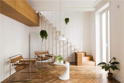 轻巧舒适复式小公寓