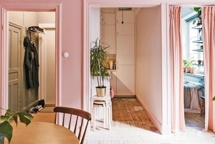 30㎡单身公寓设计,小而美的粉色蜗居图_2