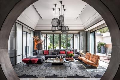 墨黑朱红——现代中式别墅
