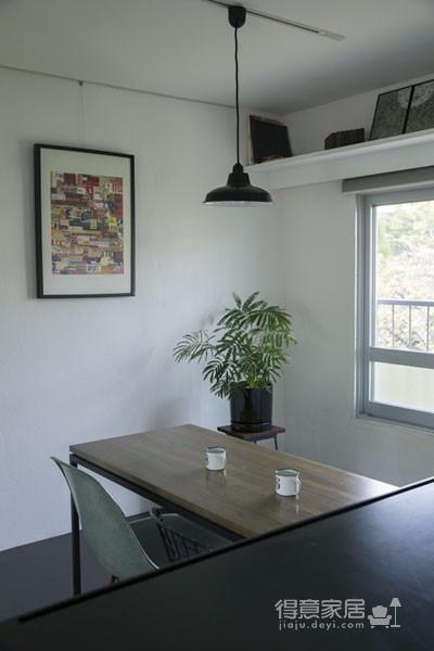这间小公寓 改造后功能齐全自然而舒适图_4