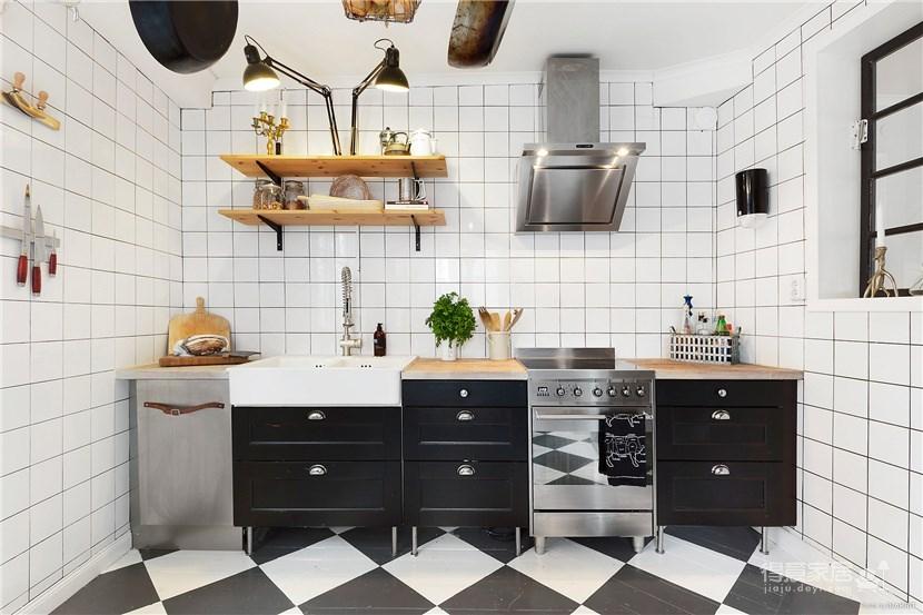 黑、白、银、玫瑰金还有原木的简约现代公寓