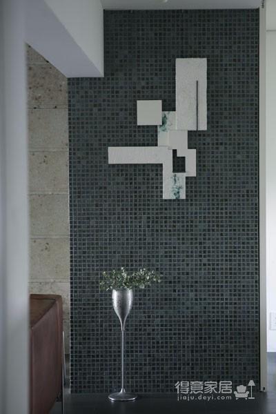 这间小公寓 改造后功能齐全自然而舒适图_5