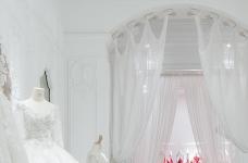 法式庄园里的高定婚纱店,女生心驰神往的精致优雅空间!图_16