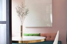 这间公寓,既是他们的家,也是他们作品的展厅图_2