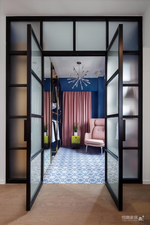 这间公寓,既是他们的家,也是他们作品的展厅图_5