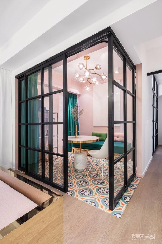 这间公寓,既是他们的家,也是他们作品的展厅图_4