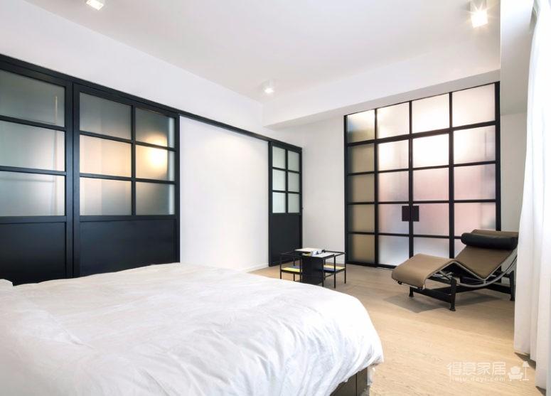 这间公寓,既是他们的家,也是他们作品的展厅图_6