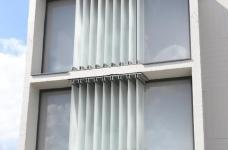 甘蔗板原来能这样用!伦敦53㎡工业风顶楼公寓图_6