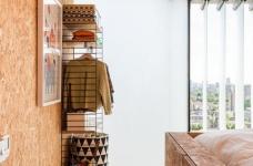 甘蔗板原来能这样用!伦敦53㎡工业风顶楼公寓图_8