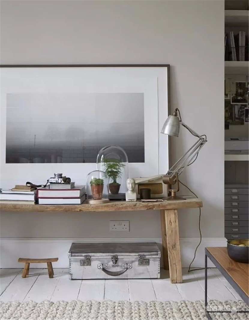 灰白色调的丰富层次 摄影师倾情打造伦敦小公寓