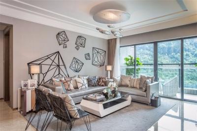 现代风格二居室,沙发背景墙充满艺术气息