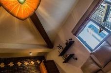 58平东南亚风格单身公寓《隐这里》图_4