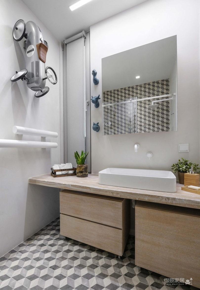 黑色和灰色打造的现代住宅设计图_10