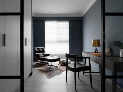 三室两厅暗黑系精装房半包