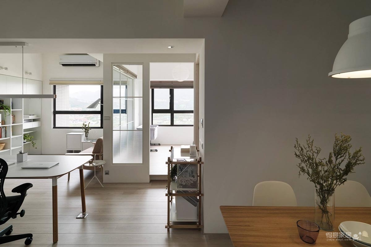 现代风格白色公寓图_2