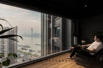 花了十万的落地玻璃,坐看窗外舒卷江山图画