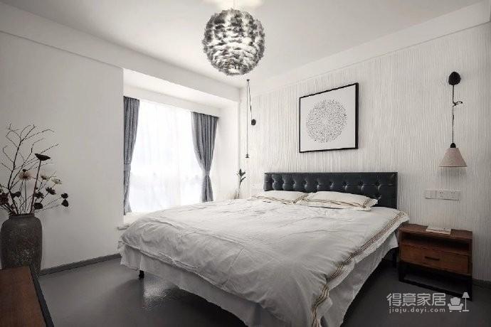 135㎡现代简约风四居室,自然温馨的原木色复式宅