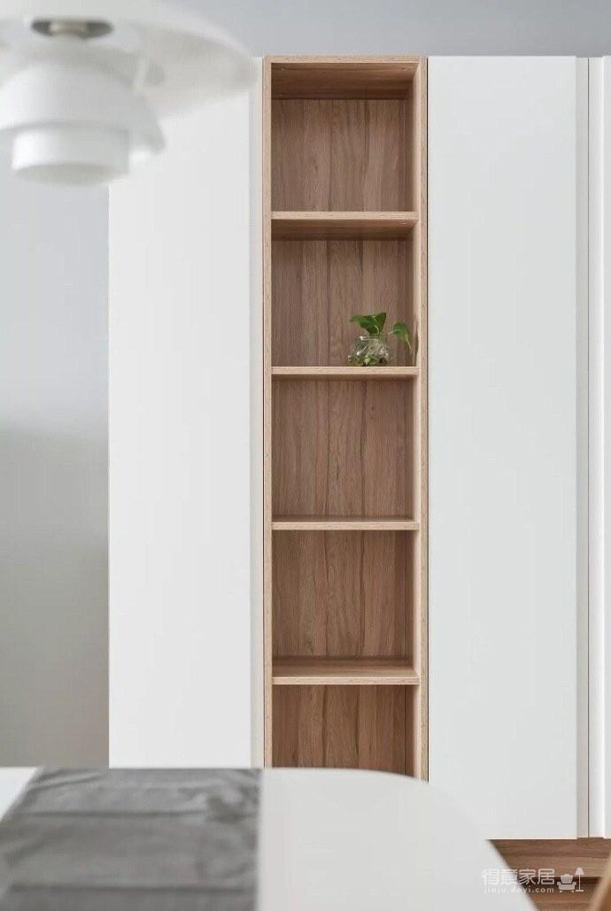 地台式的卧室,不仅舒适,储物功能也强大图_4