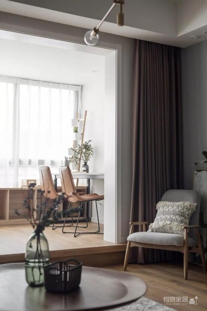 地台式的卧室,不仅舒适,储物功能也强大图_2