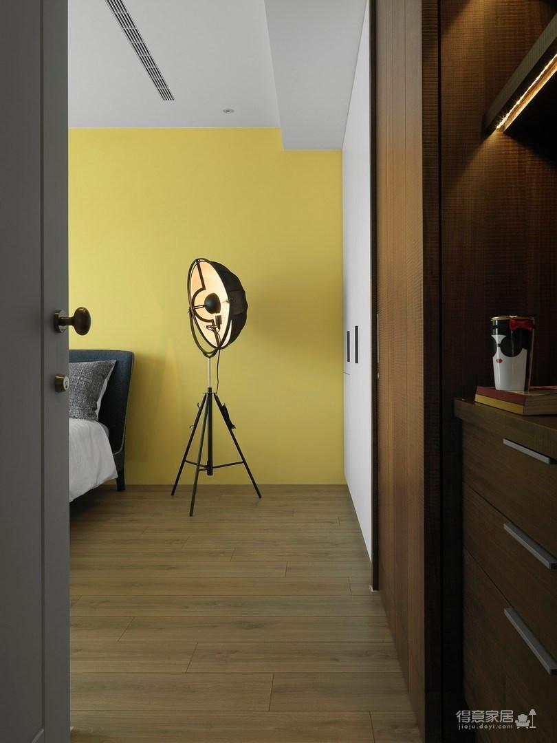 现代风格三居室案例鉴赏图_5