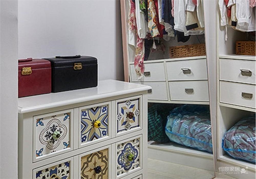 融创观澜府103平三室简约风格装饰效果图