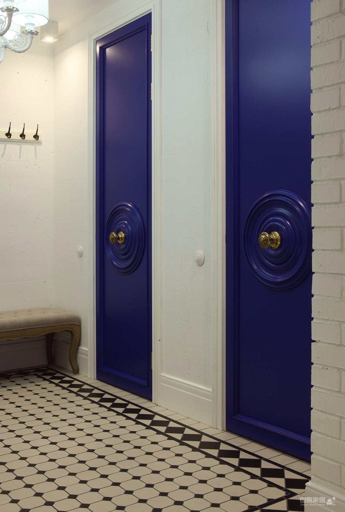 混搭风两室一厅高饱和度软装搭配