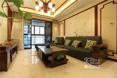 汉口城市广场133平三室两厅中式