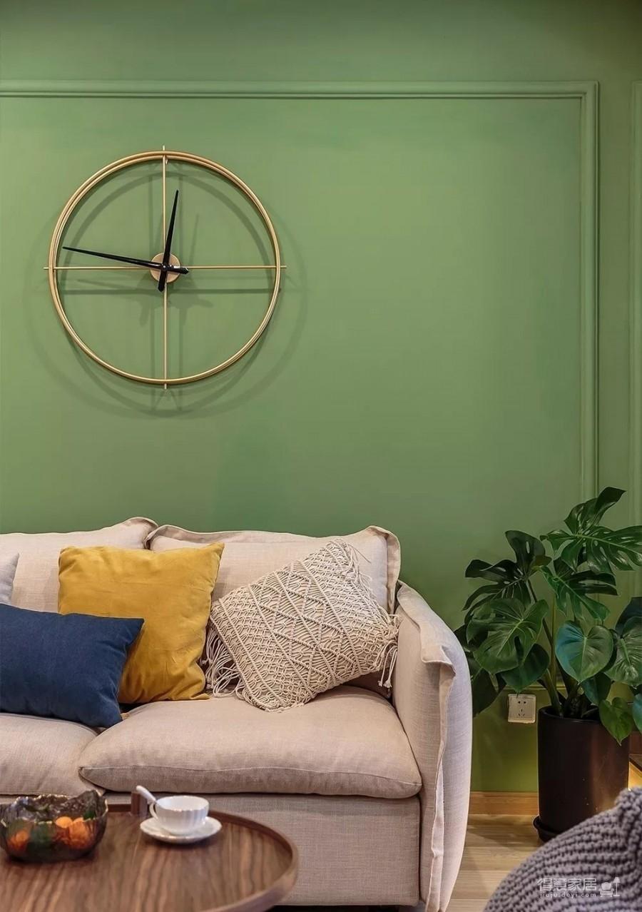 60㎡现代轻奢小公寓,一两人住小复式,日子精致好情趣图_2
