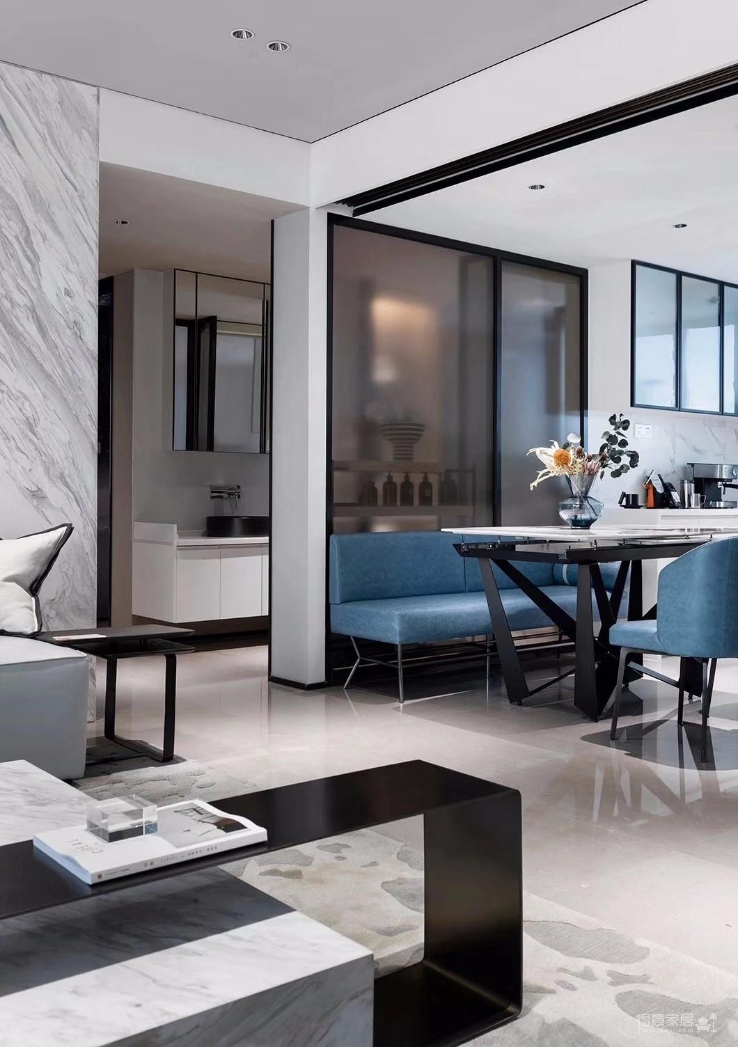 三室一厅高级灰+蓝调,打造全新的视觉体验