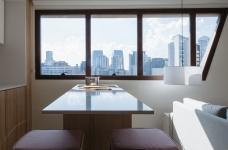 42㎡ 的简约公寓,一道木墙分割了多功能空间图_10