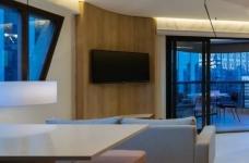 42㎡ 的简约公寓,一道木墙分割了多功能空间图_11