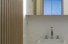 42㎡ 的简约公寓,一道木墙分割了多功能空间图_12
