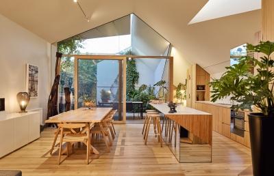 原木+几何元素,住在这个家里真的太有趣了!
