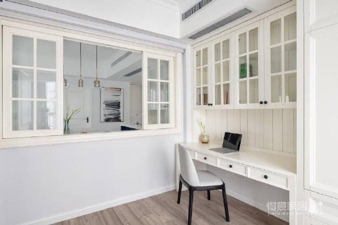 110㎡简约混搭风三居室,蓝色与白色之间穿插交融,非常时尚有格调!